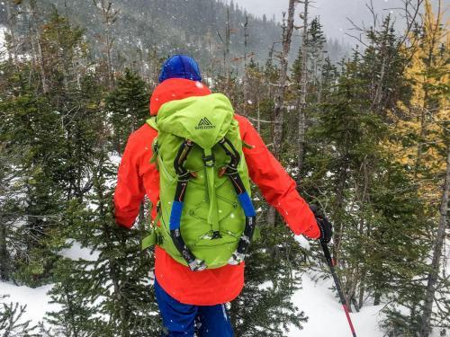 Testing the Alpinisto LT on an early season ice climb